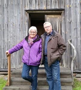 Så får vi till sist Tacka Eva och Arne för varm gästfrihet och intressant historia om kyrkan och Storegården